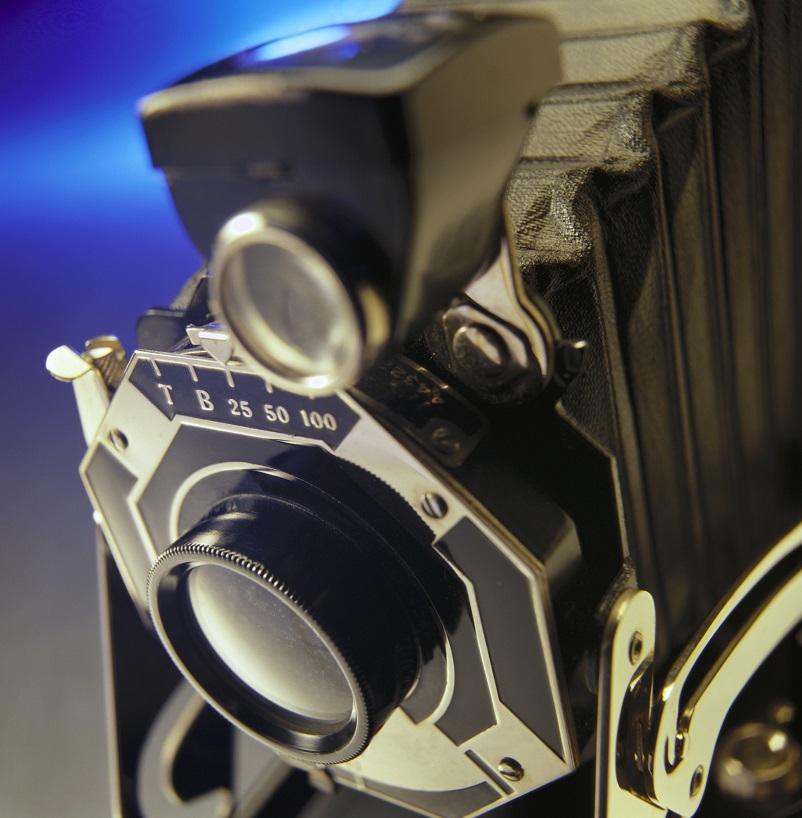 تصویری از دوربین عکاسی قدیمی